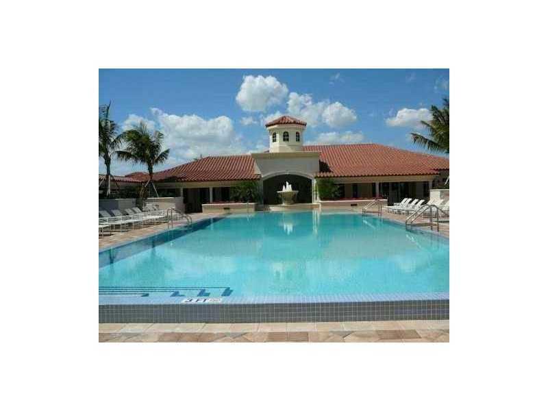 19900 E Country Club Dr #PH10, Aventura, Florida image 6