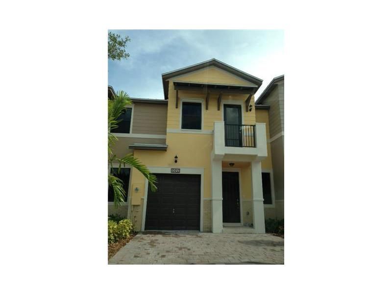 10450 NW 58 TE #10450 For Sale A2178220, FL