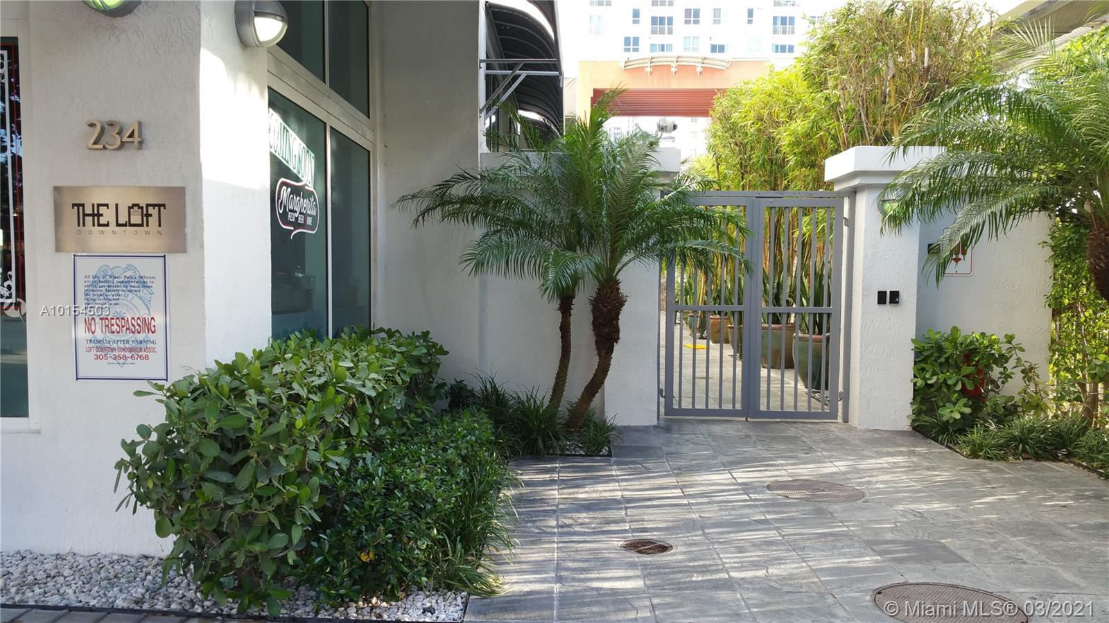 234 NE 3rd St #LPH07, Miami, Florida image 28