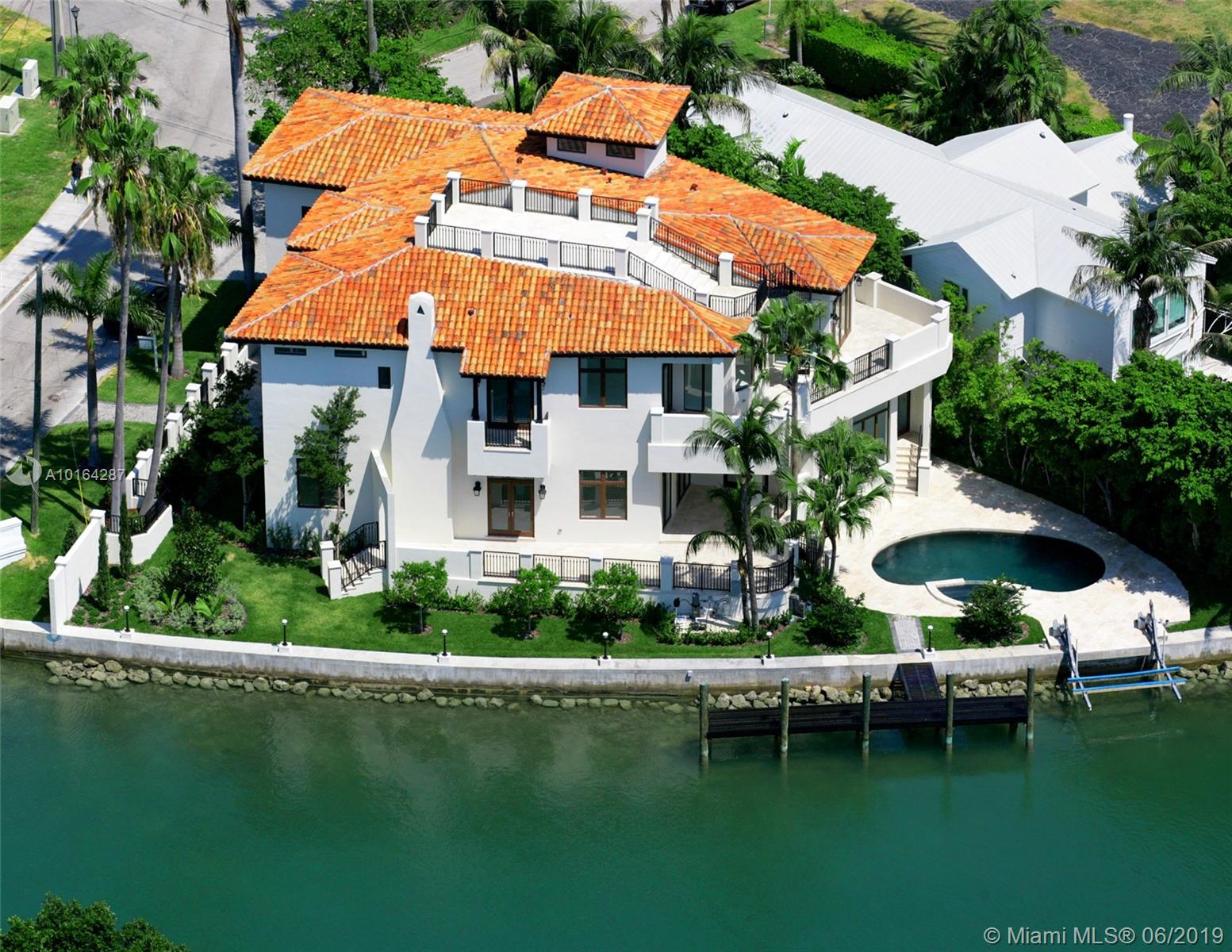 2001  Lake Ave  For Sale A10164287, FL