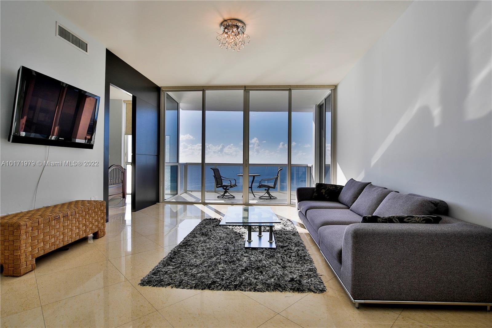 18101  Collins Ave #4604 For Sale A10171979, FL