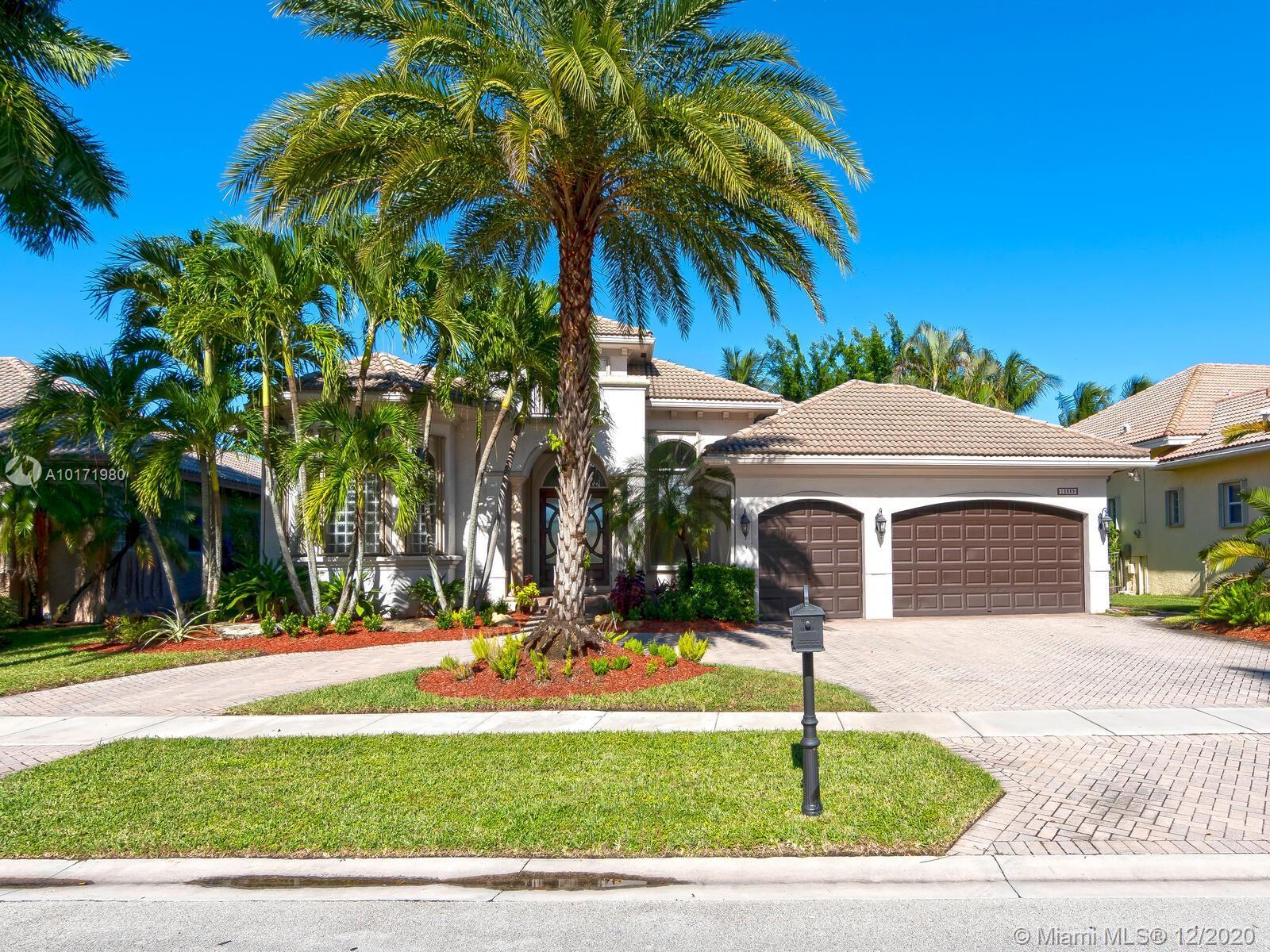 10889 Blue Palm St, Plantation, Florida image 34