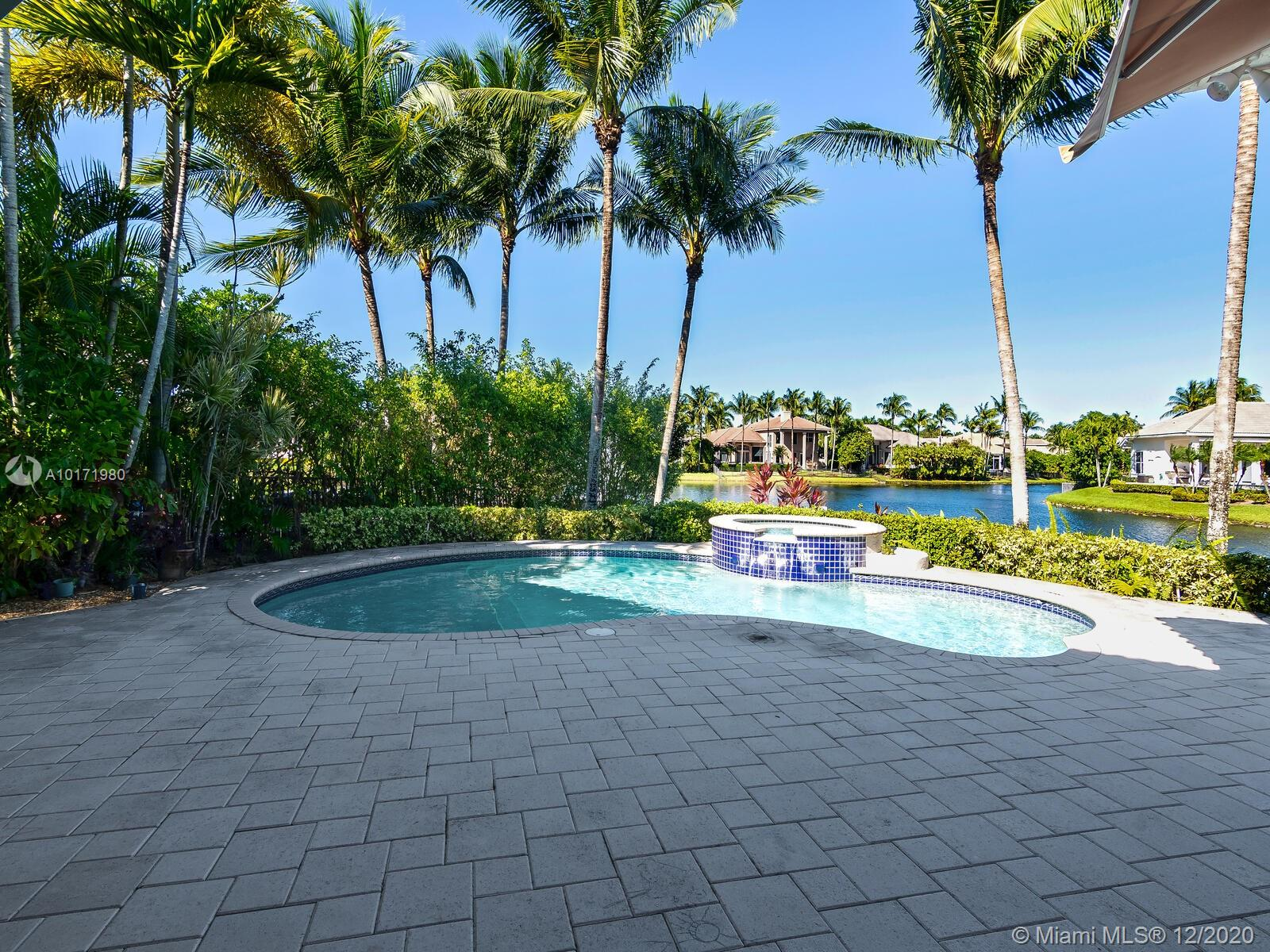 10889 Blue Palm St, Plantation, Florida image 15