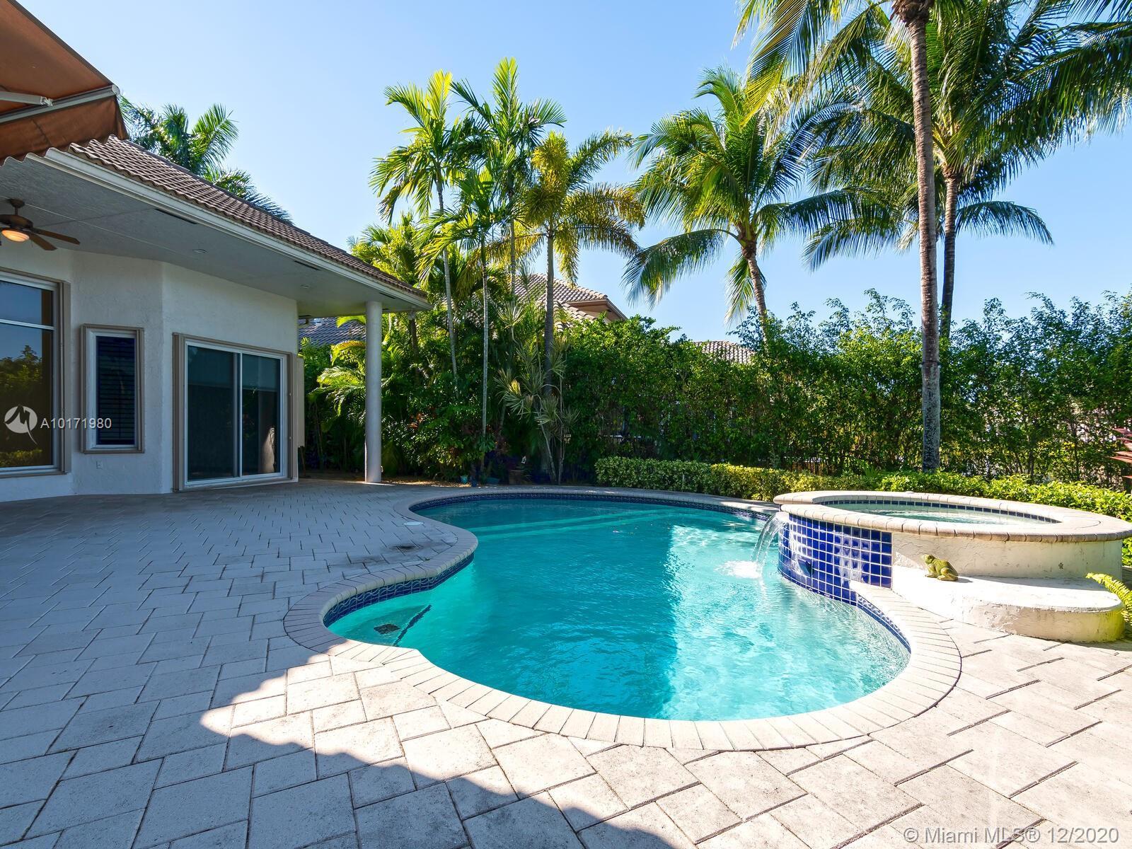 10889 Blue Palm St, Plantation, Florida image 13