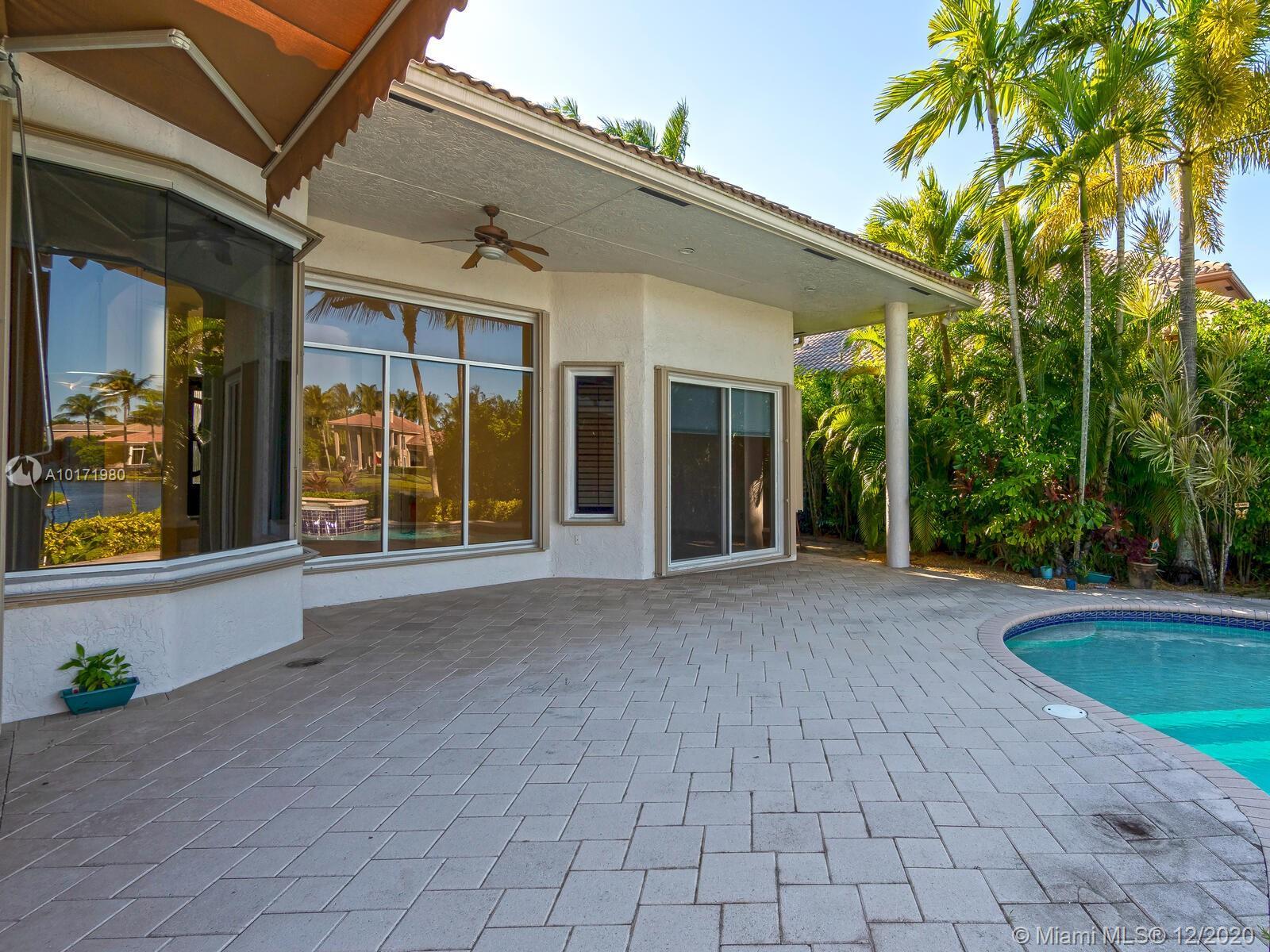 10889 Blue Palm St, Plantation, Florida image 12