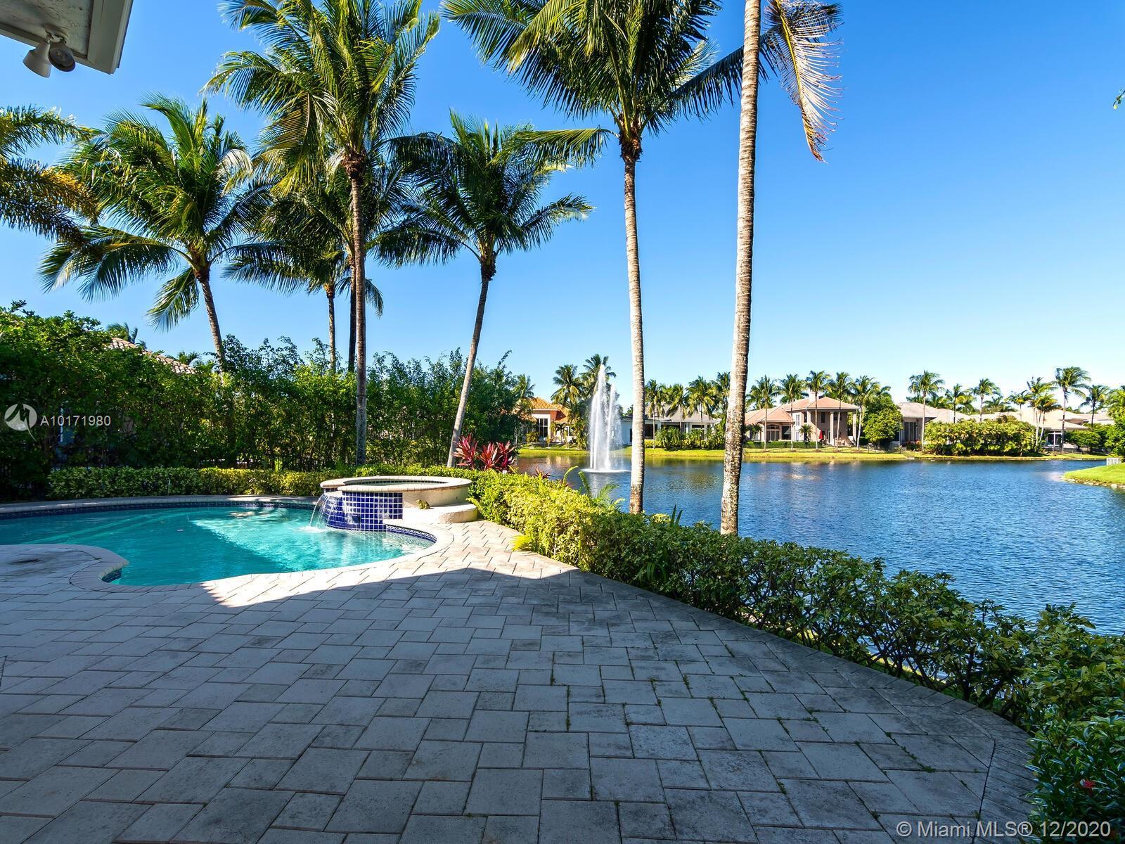 10889 Blue Palm St, Plantation, Florida image 10