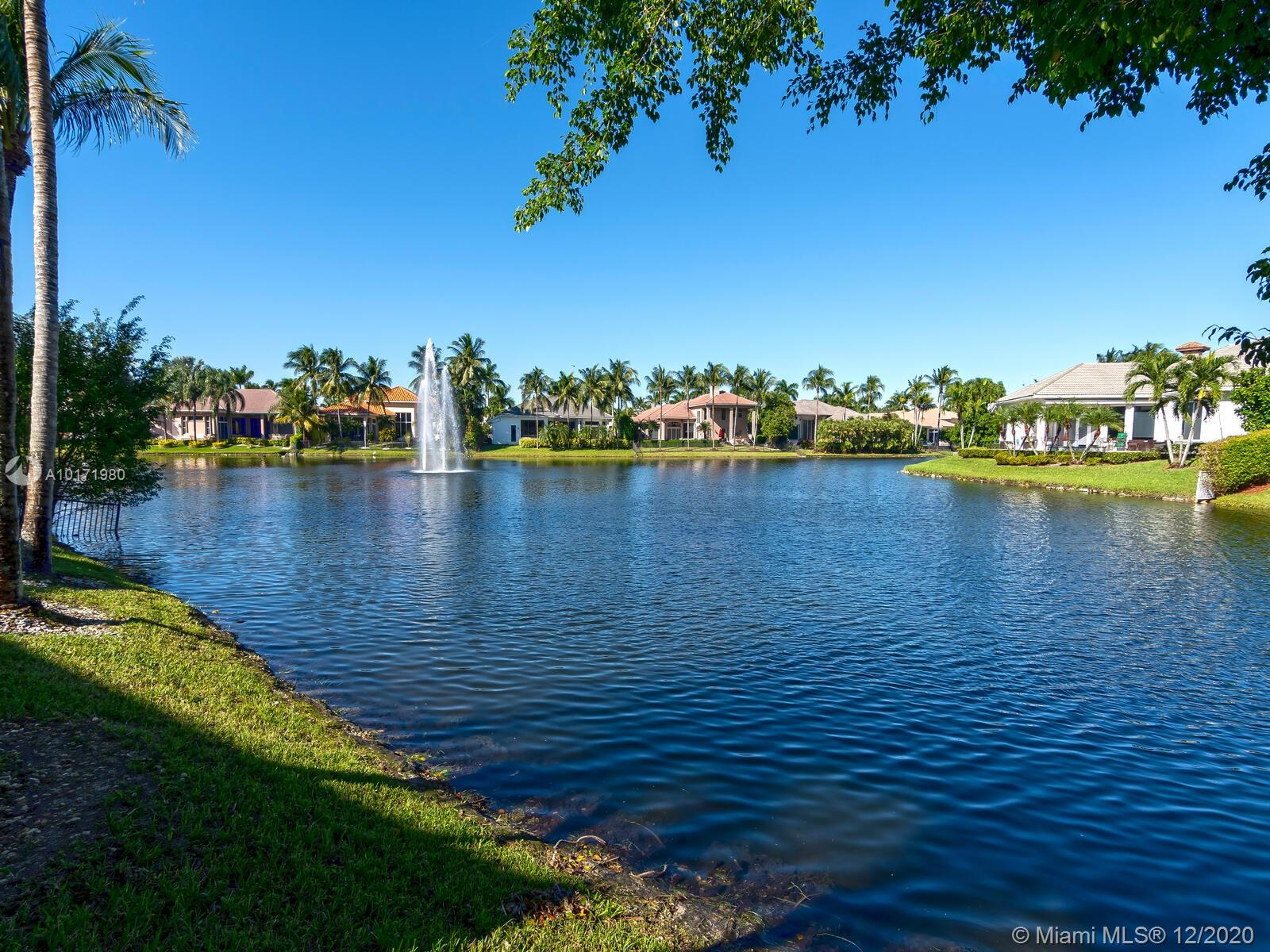 10889 Blue Palm St, Plantation, Florida image 9