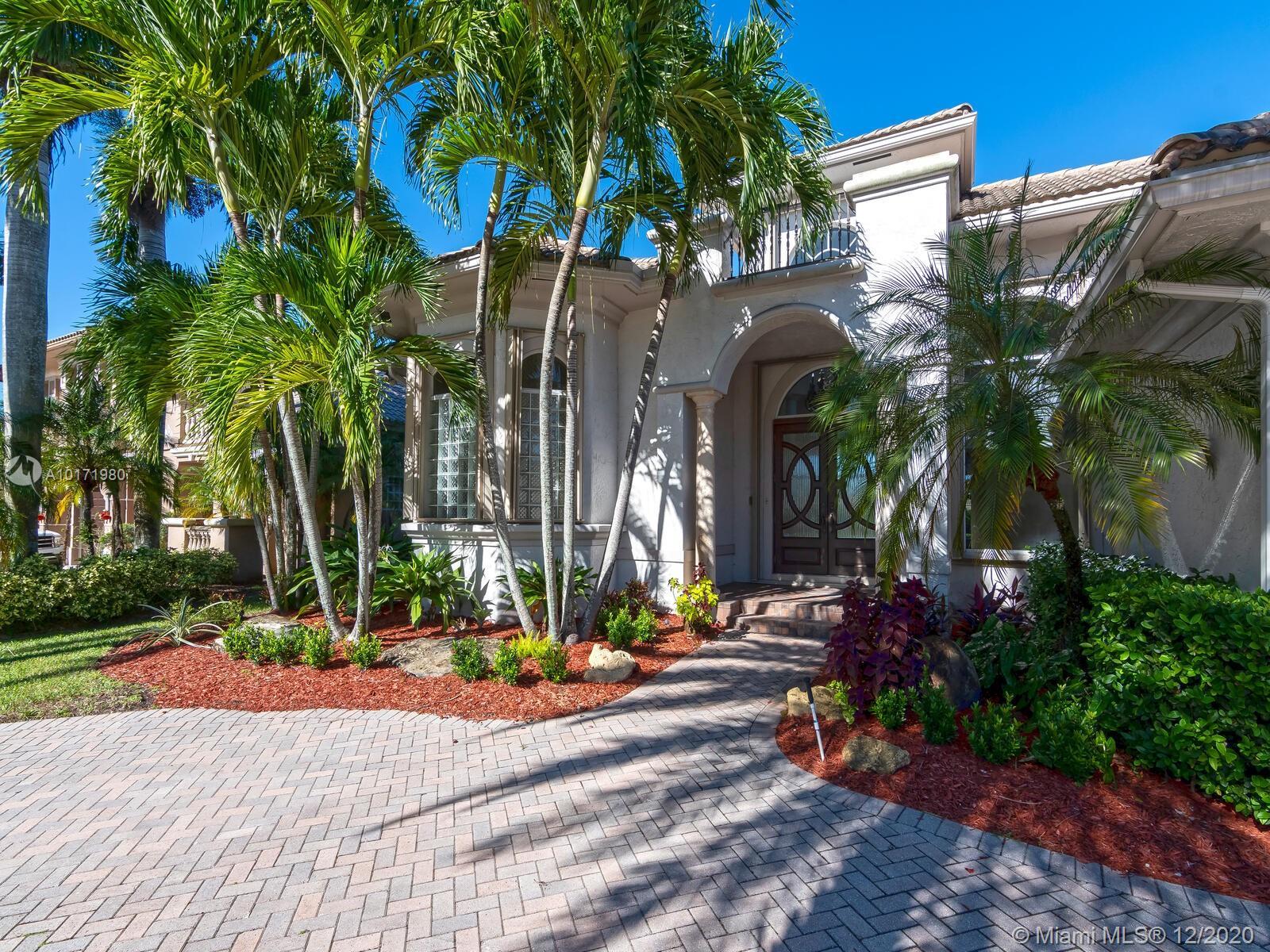 10889 Blue Palm St, Plantation, Florida image 32