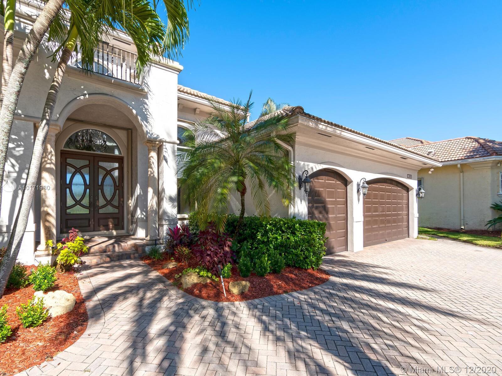 10889 Blue Palm St, Plantation, Florida image 31