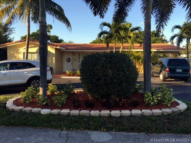 1621 NE 59th Pl  For Sale A10167565, FL