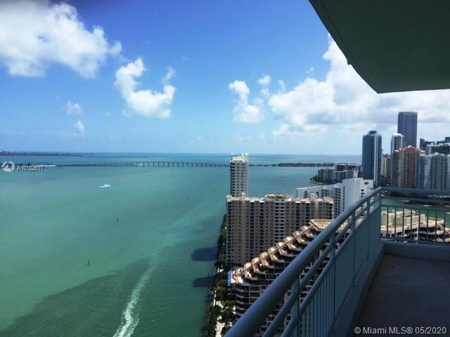 Incredible sky residence with breathtaking Biscayne Bay views from every room. Enjoy spectacular views to Port of Miami, Miami Beach, Fisher Island, Biscayne Bay and Key Biscayne. 2 parking spaces.
