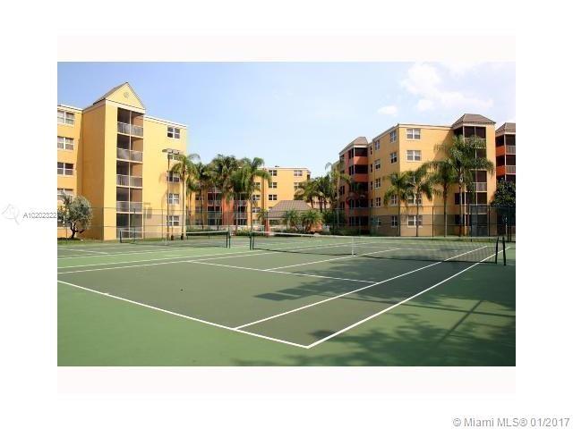 8245 Lake Dr #104, Doral, Florida image 6