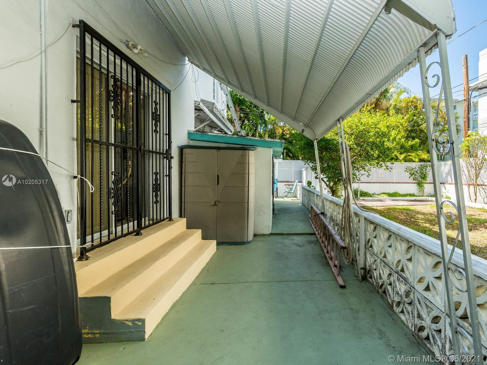 843 Espanola Way, Miami Beach, Florida image 8