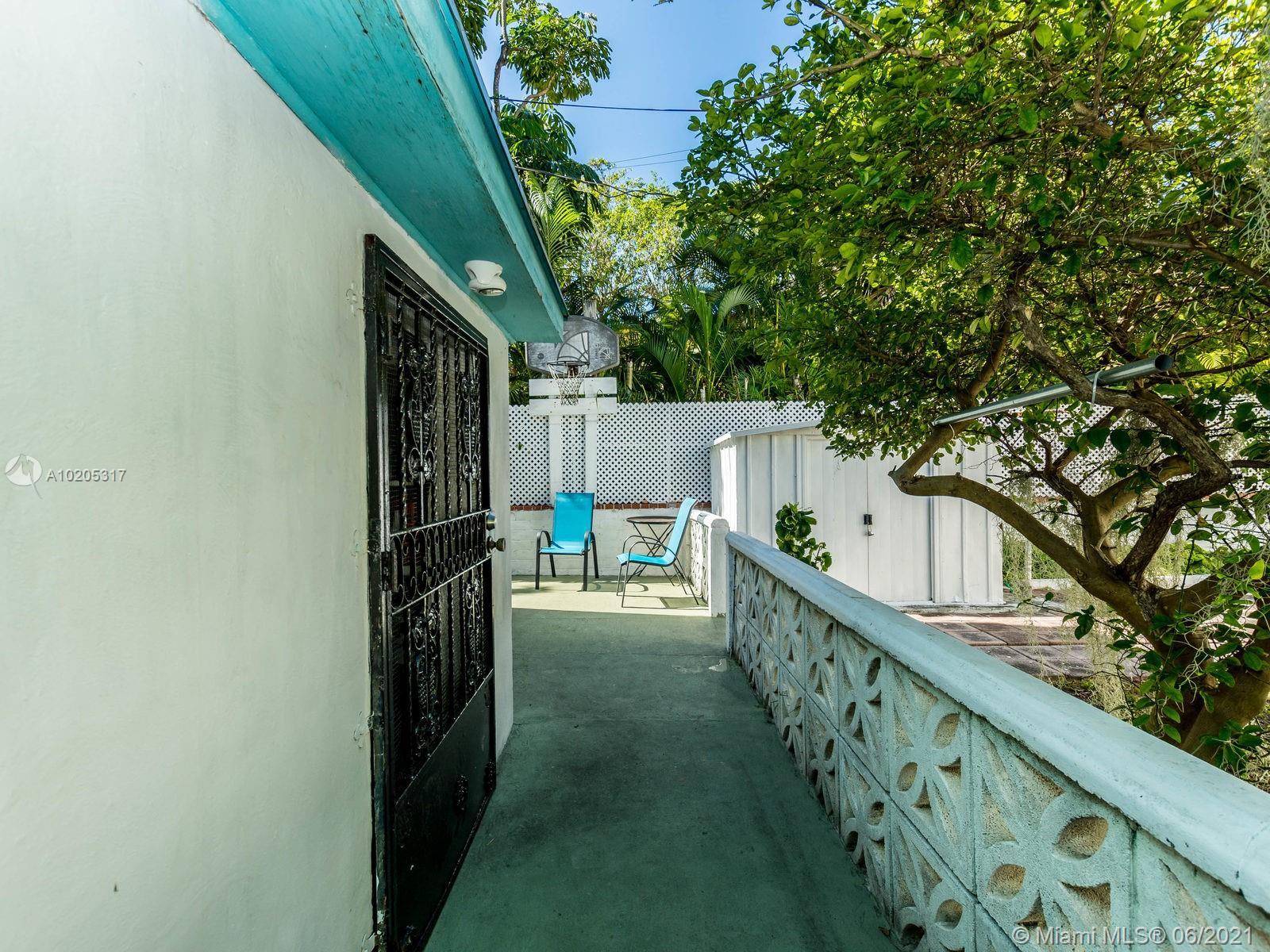 843 Espanola Way, Miami Beach, Florida image 7