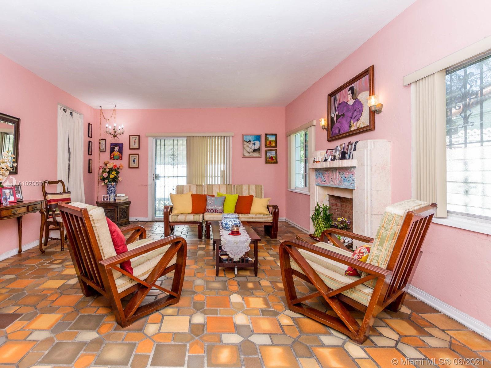 843 Espanola Way, Miami Beach, Florida image 28