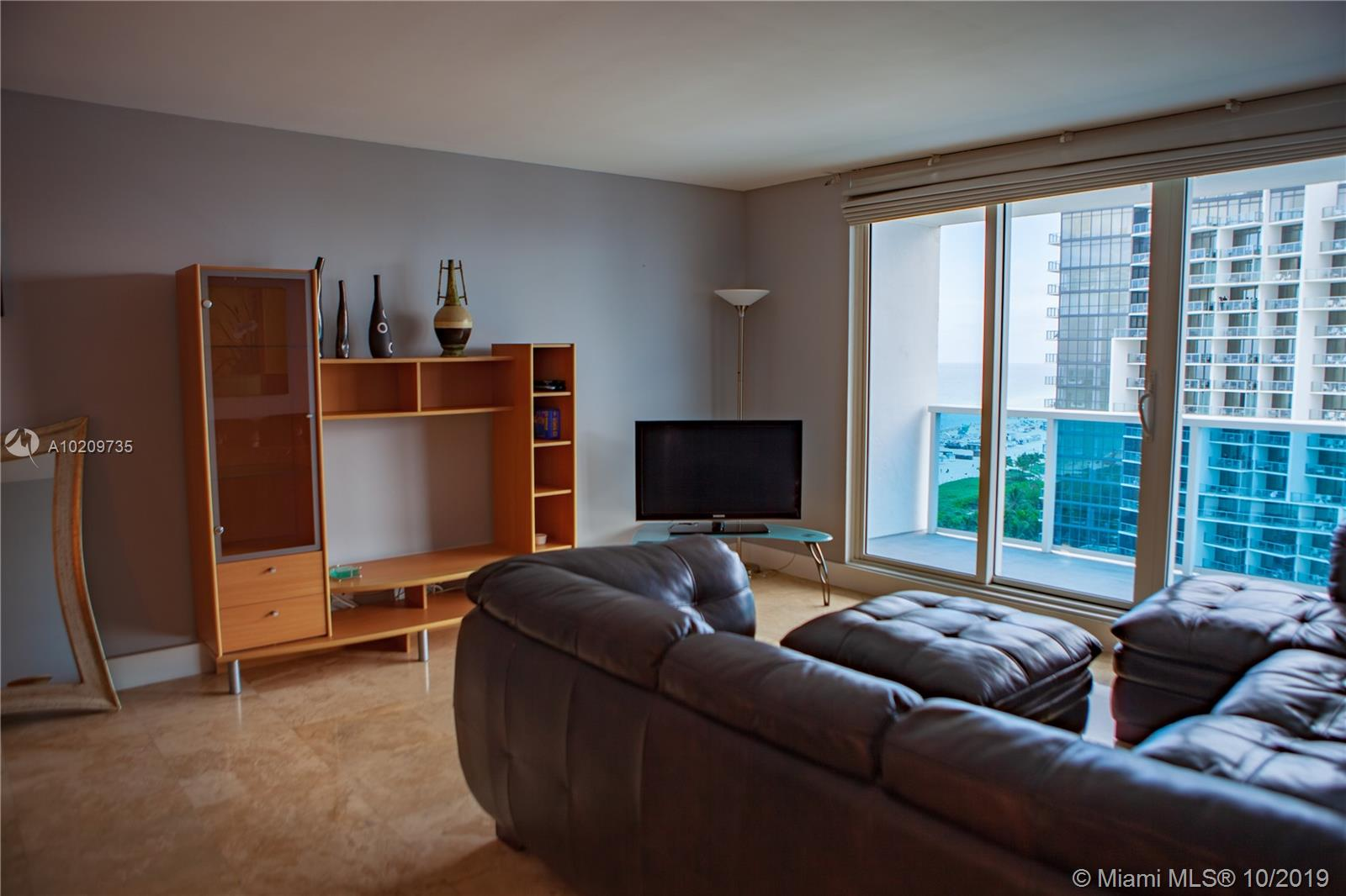 2301  Collins Ave   1505