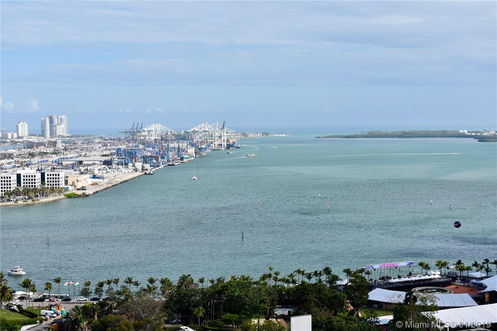 253 NE 2nd St #2703, Miami, Florida image 12