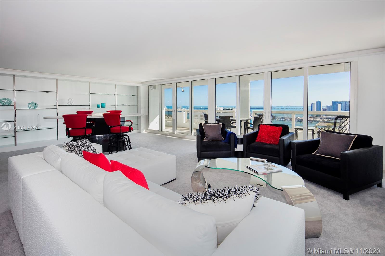This amazing Penthouse in the /sky at The GRAND features breathtaking panoramic views over the Atlantic Ocean, Miami Beach, bay & city from every room. 4BR/3.5BA, +/-4,014 SF of interior space w/2 spacious master suites, expansive living area & private dining area, custom bar & private family/media room , gourmet kitchen w/quartz center Island. Amenities incl: room service, beauty parlor, restaurants, dry cleaner, stores, marina & more. Close to the Performing Arts Center.