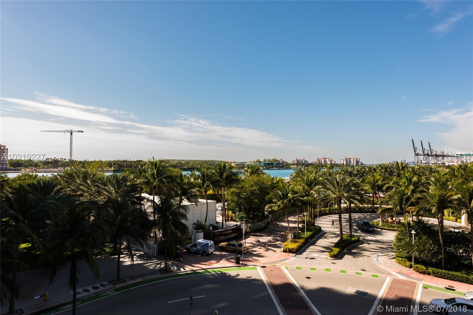 801 S Pointe Dr #401, Miami Beach, Florida image 17