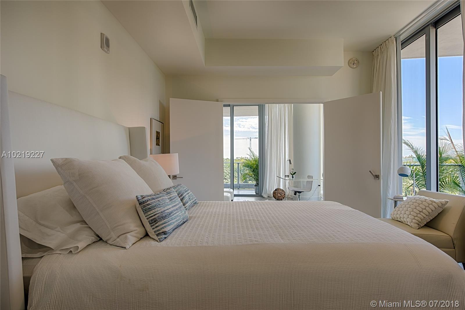 801 S Pointe Dr #401, Miami Beach, Florida image 23