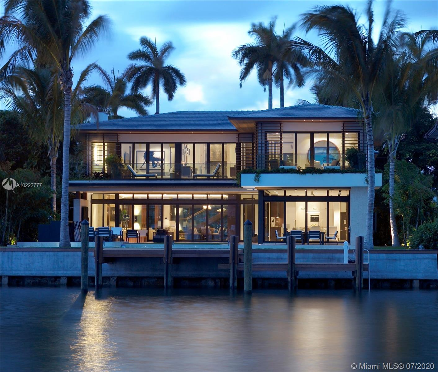 1826 W 23 ST  For Sale A10222777, FL