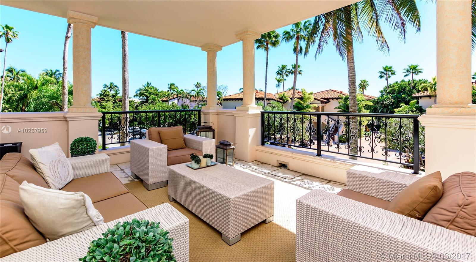 19123  Fisher Island Dr #19123 For Sale A10237952, FL