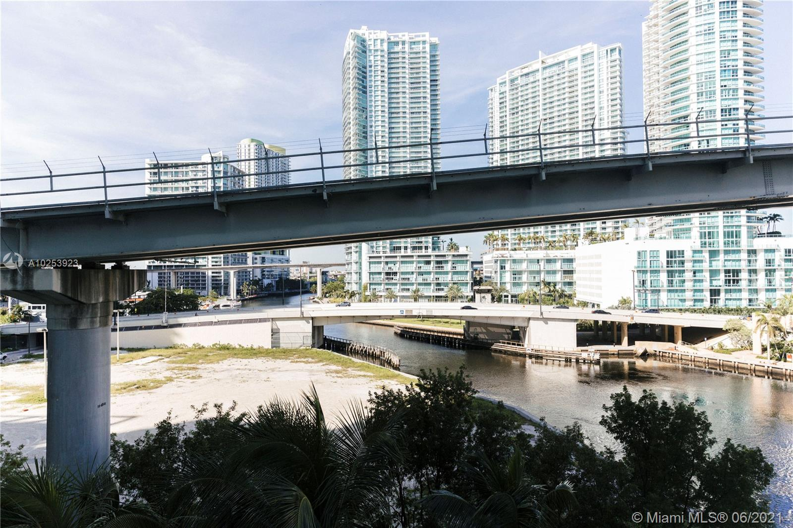 31 SE 5th St #603, Miami, Florida image 23