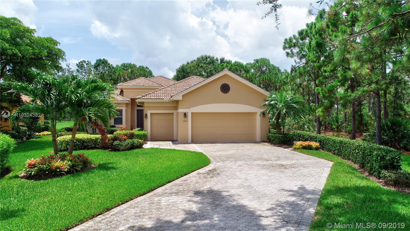 4227 SE Henley Lane, Stuart, FL 34997