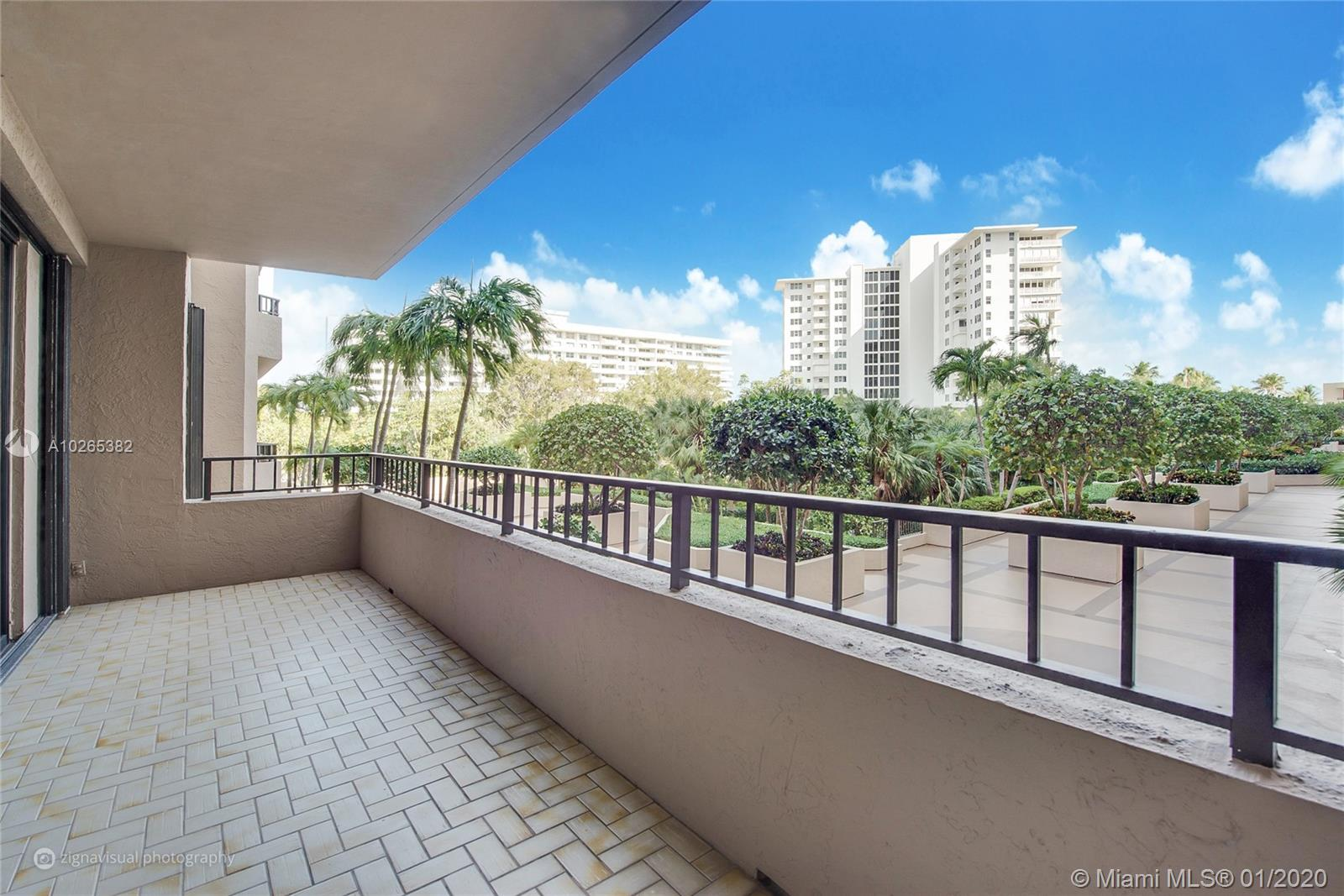 251  Crandon Blvd #205 For Sale A10265382, FL