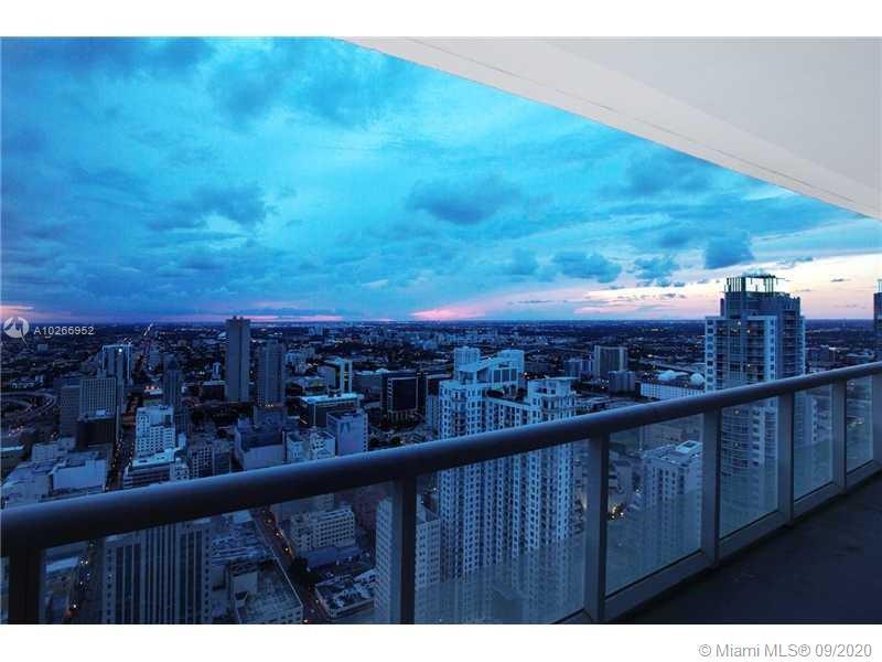 50 Biscayne Blvd #3011, Miami, Florida image 2