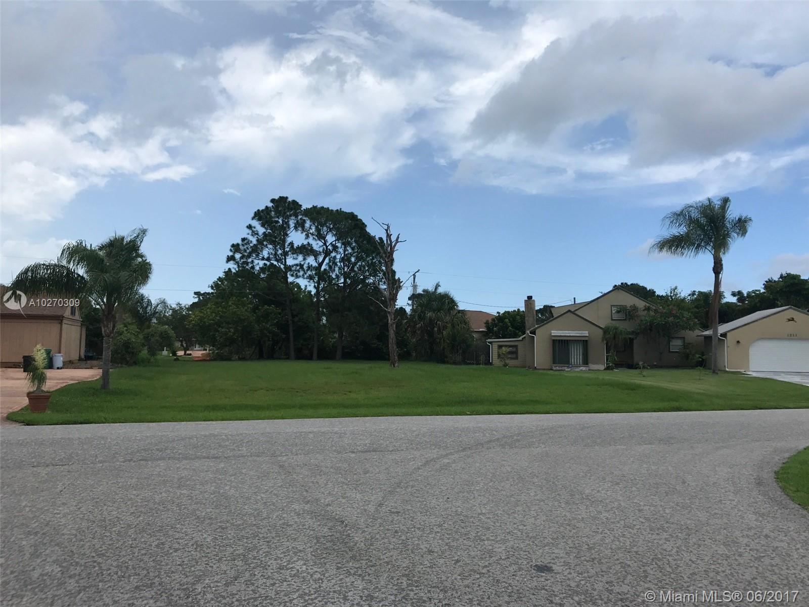 SE Mendavia Se Ave  For Sale A10270309, FL