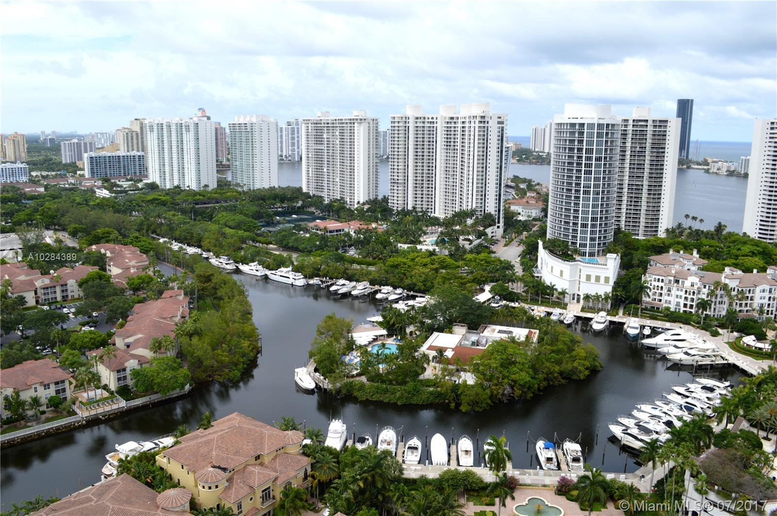 1000 W Island Blvd #3008 For Sale A10284389, FL