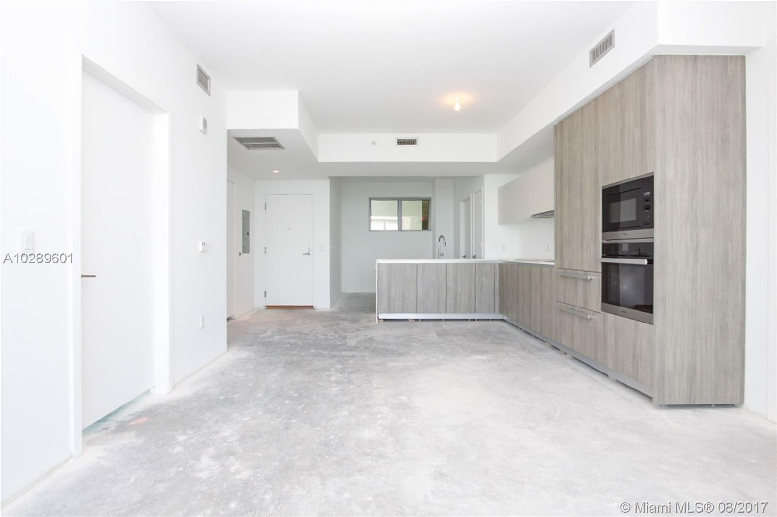 2900 NE 7th Avenue   1803