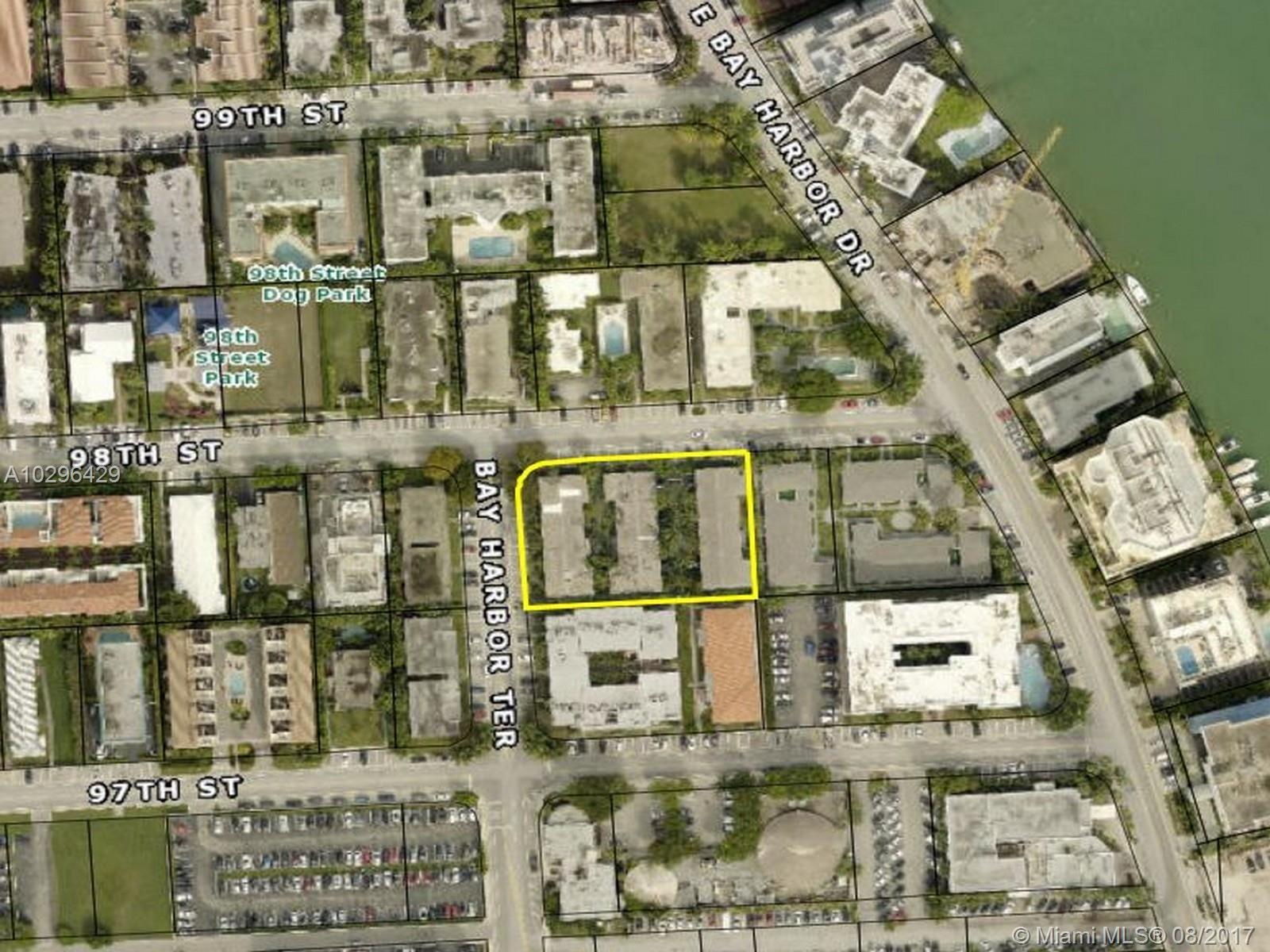 1070  98 St  For Sale A10296429, FL