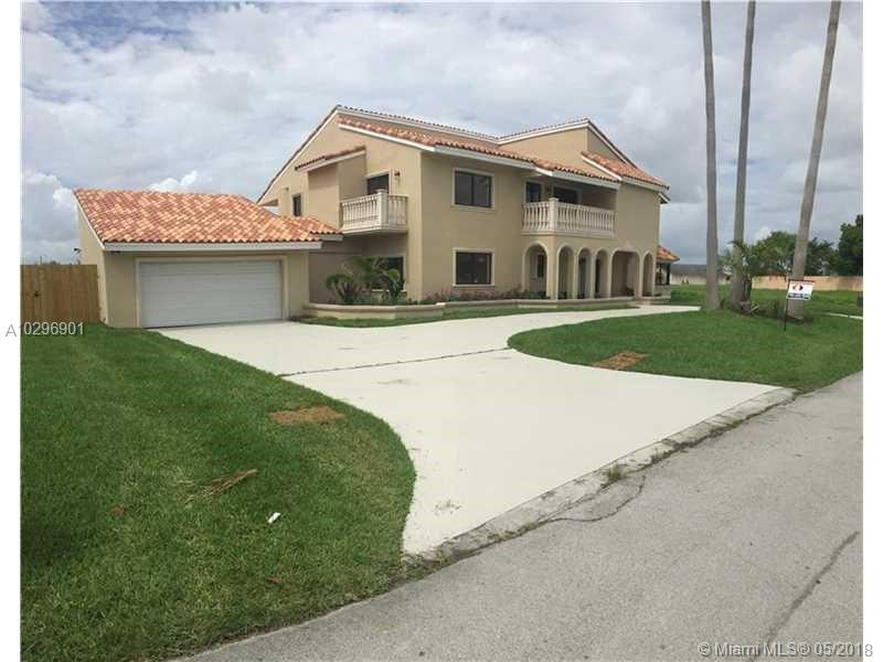 10720 SW 139th Rd  For Sale A10296901, FL