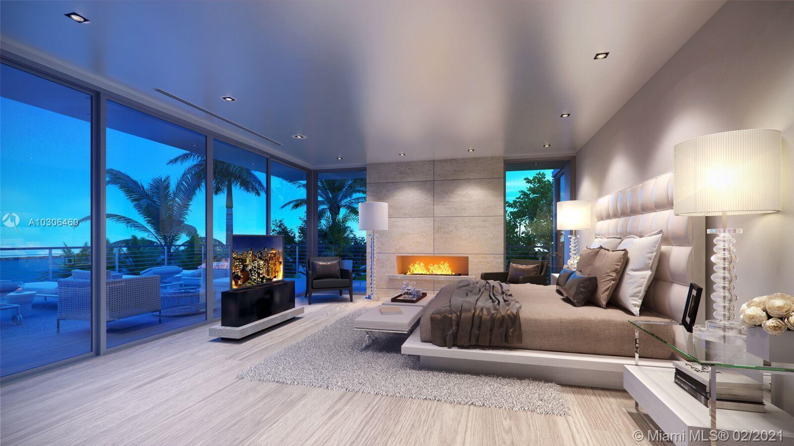 1045 N Venetian Drive, Miami Beach, Florida image 3