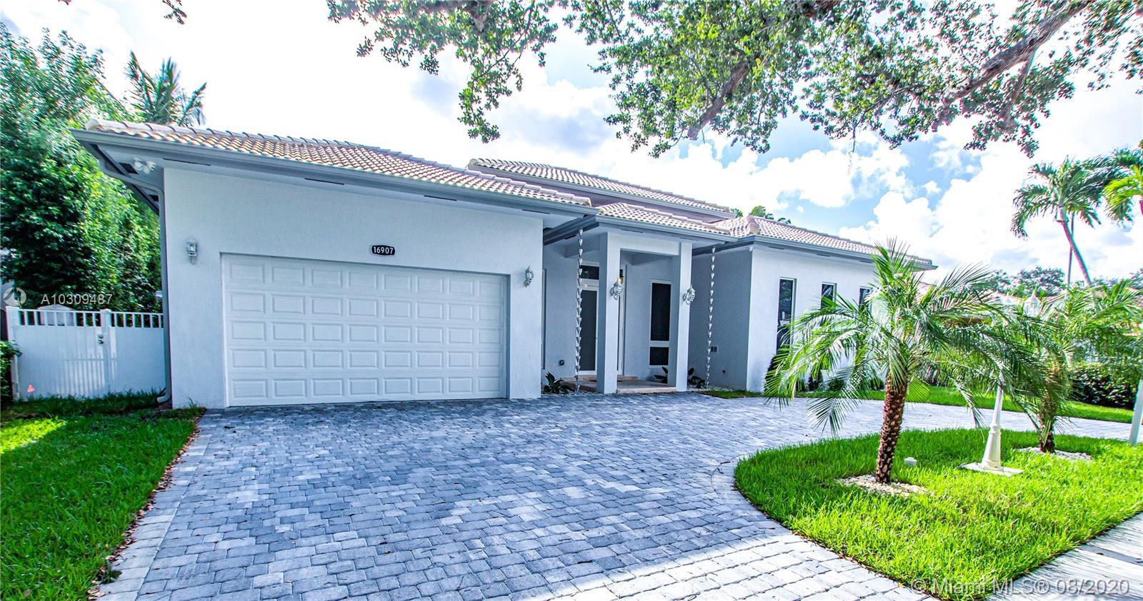 16907 NW 83rd Pl, Miami Lakes, Florida image 2