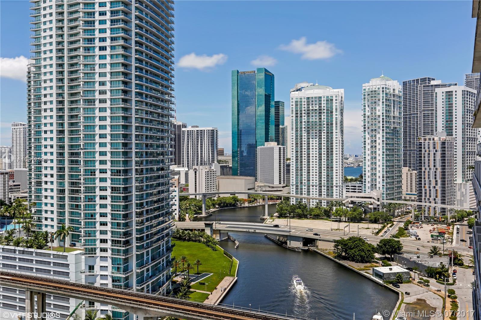 185 SW 7th St #2111, Miami, Florida image 1