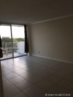 2020 NE 135th St #507, North Miami, Florida image 9