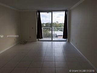 2020 NE 135th St #507, North Miami, Florida image 7