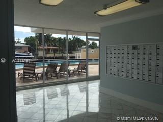 2020 NE 135th St #507, North Miami, Florida image 1
