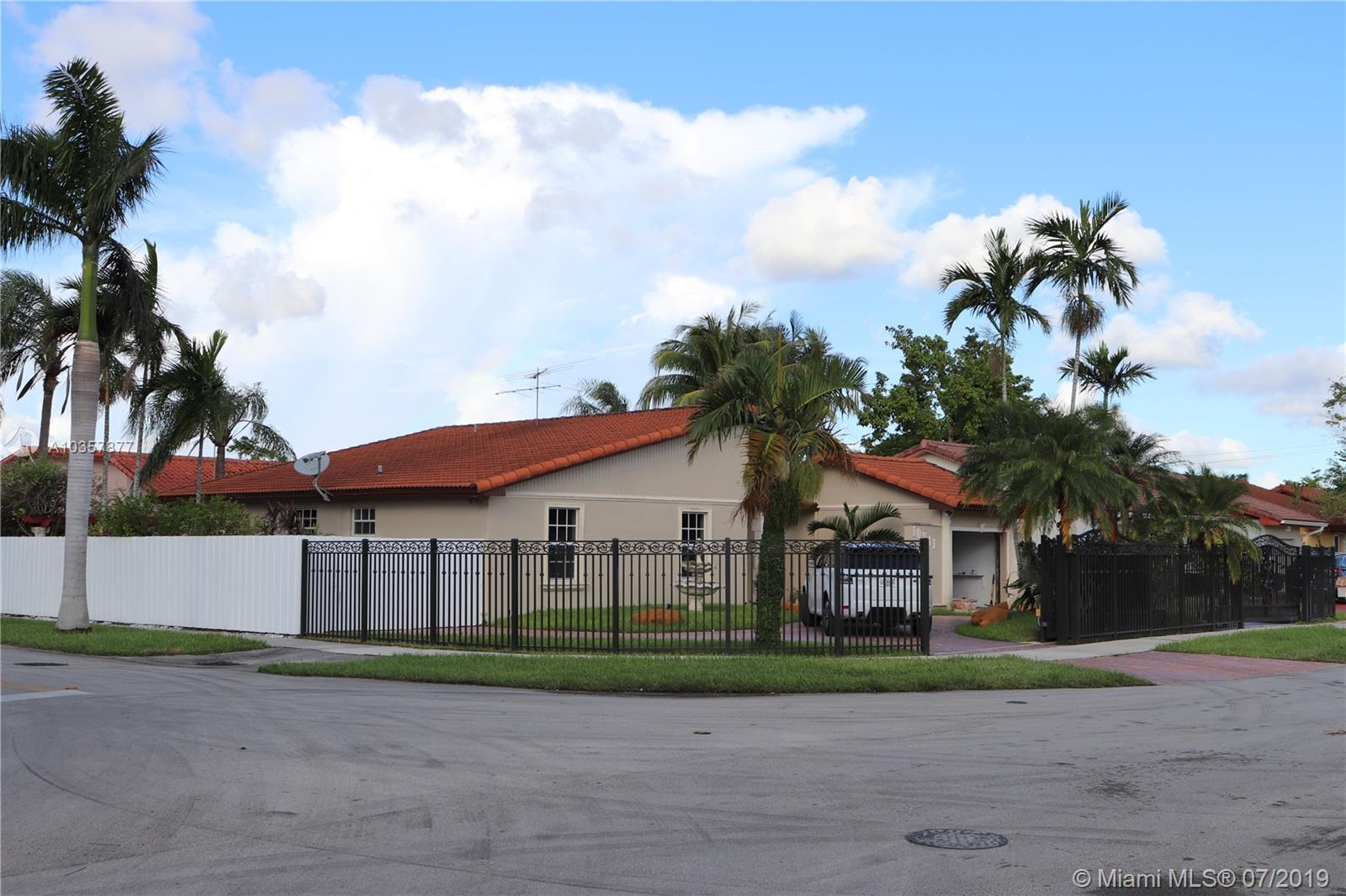 10741 SW 30th St, Miami, Florida image 35