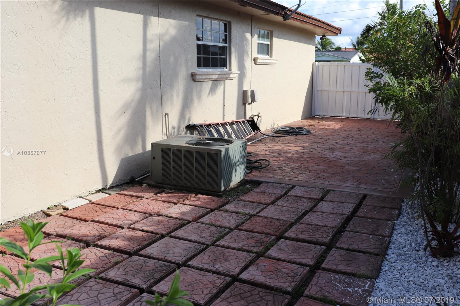 10741 SW 30th St, Miami, Florida image 7
