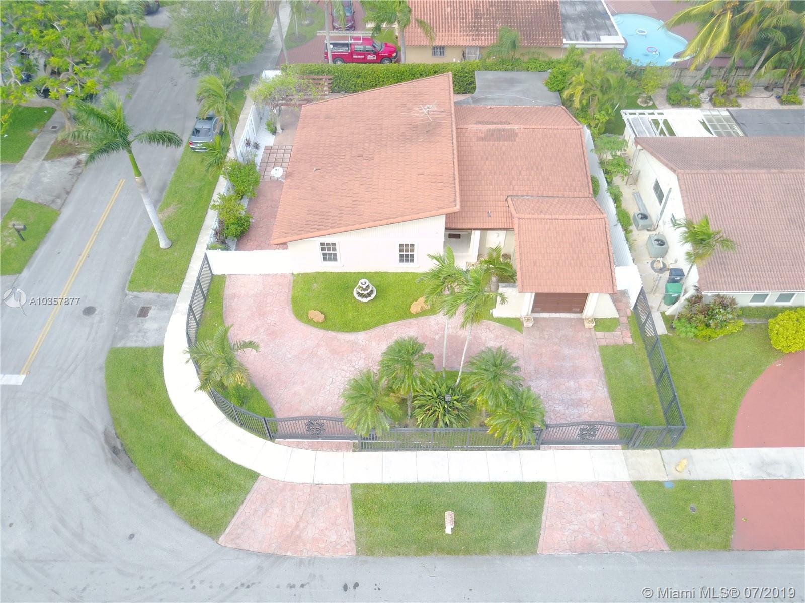 10741 SW 30th St, Miami, Florida image 2