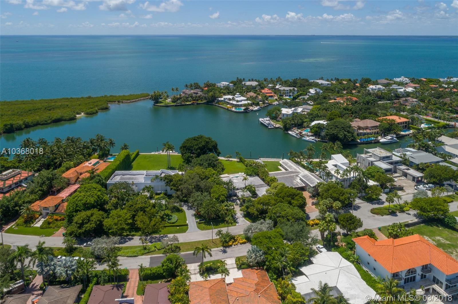910  HARBOR DRIVE  For Sale A10368018, FL