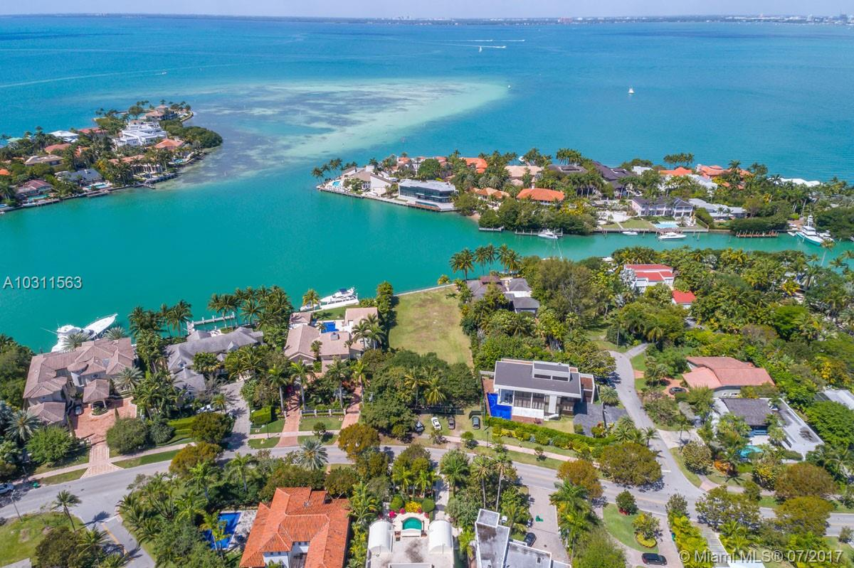 670  HARBOR DRIVE  For Sale A10311563, FL