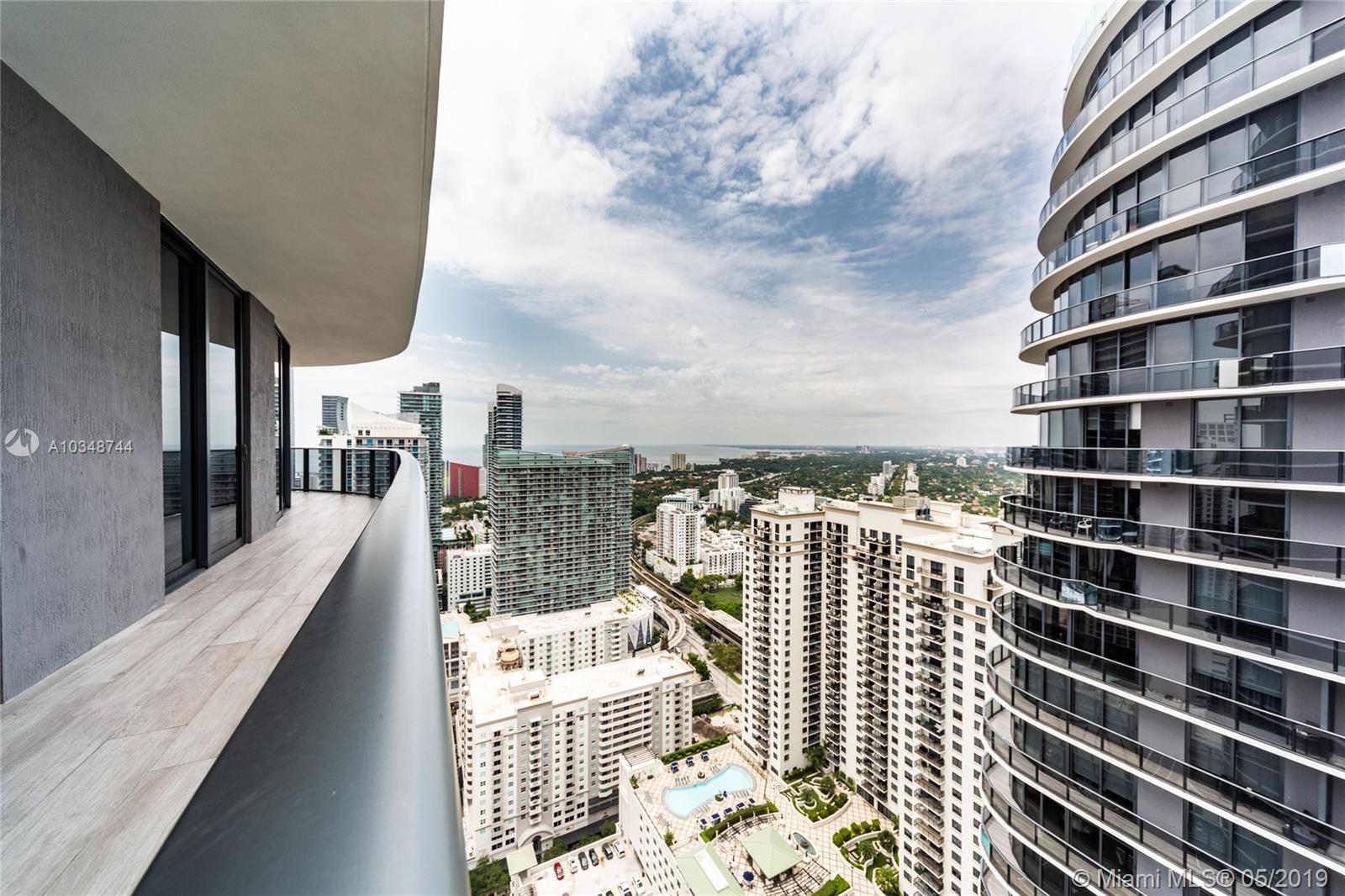 45 SW 9th St #4108, Miami, Florida image 18