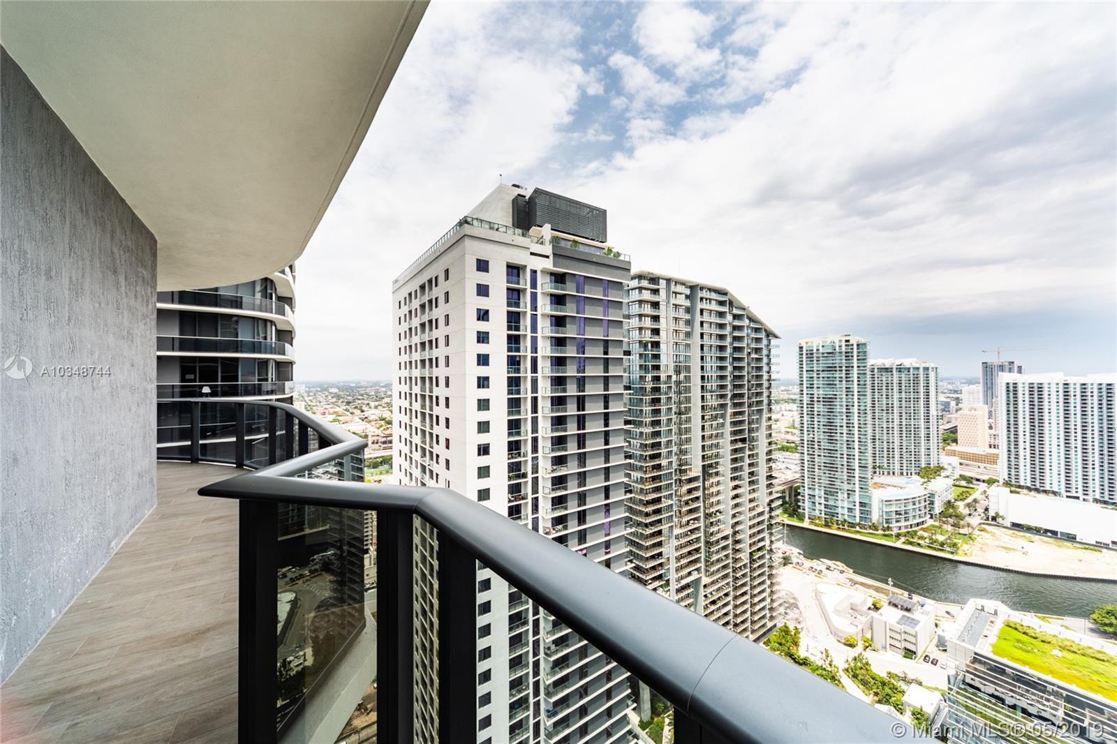 45 SW 9th St #4108, Miami, Florida image 17
