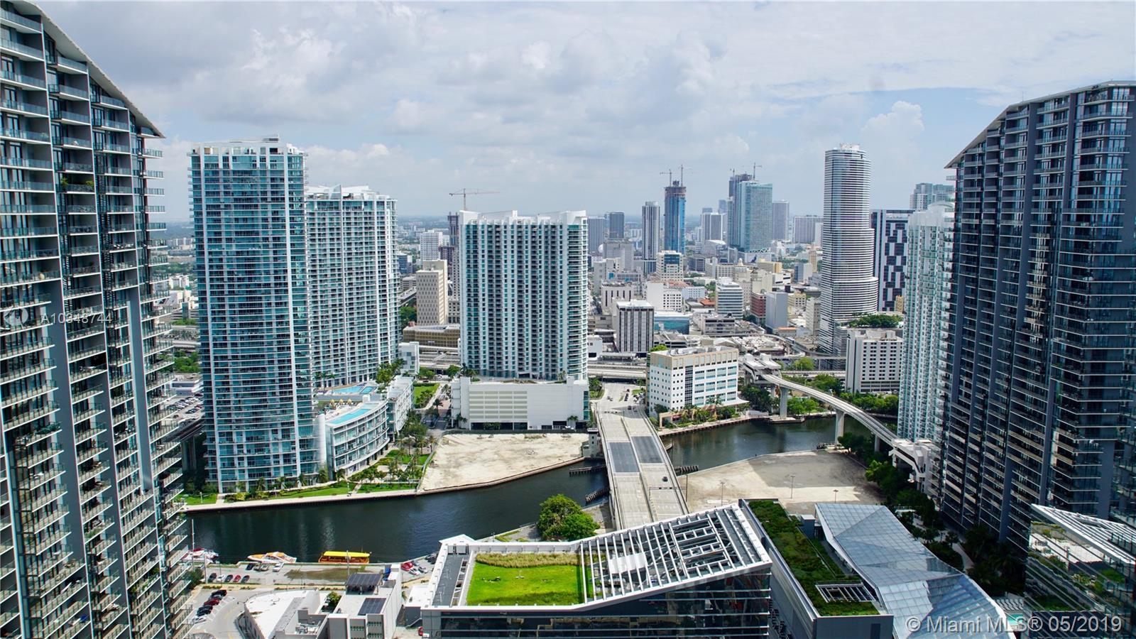45 SW 9th St #4108, Miami, Florida image 14
