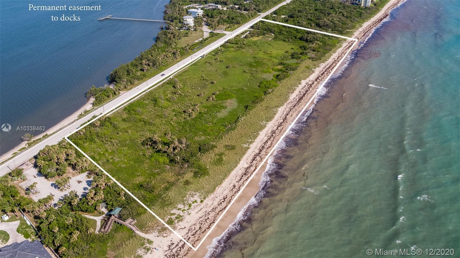 7700 Ocean S Dr, Jensen Beach, FL 34957